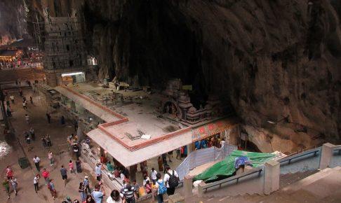 バトゥー洞窟内 上から見たようアングル