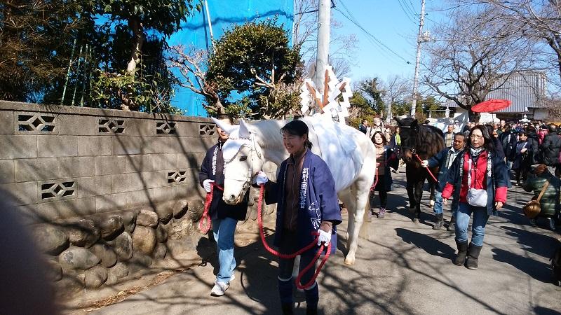 馬頭観音の絵馬市の様子10