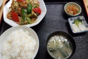 金ちゃん食堂のメニューの豚味噌定食