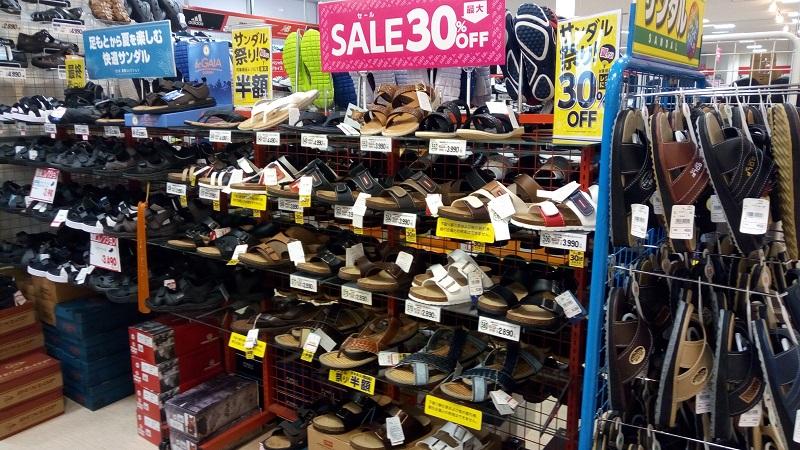 西友、東松山店内の東京靴流通センター、店内の様子3