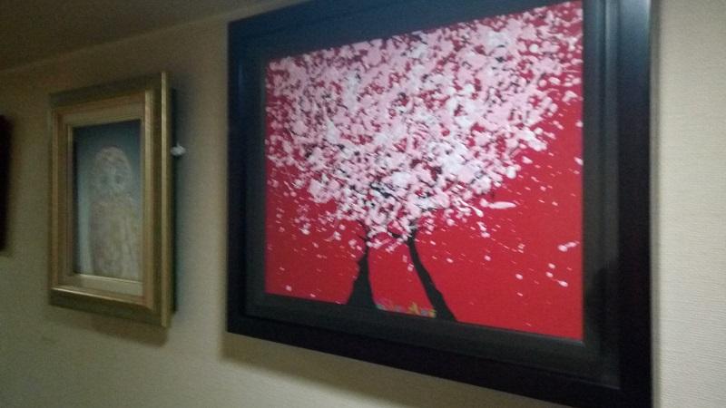 購入した絵画を飾りました