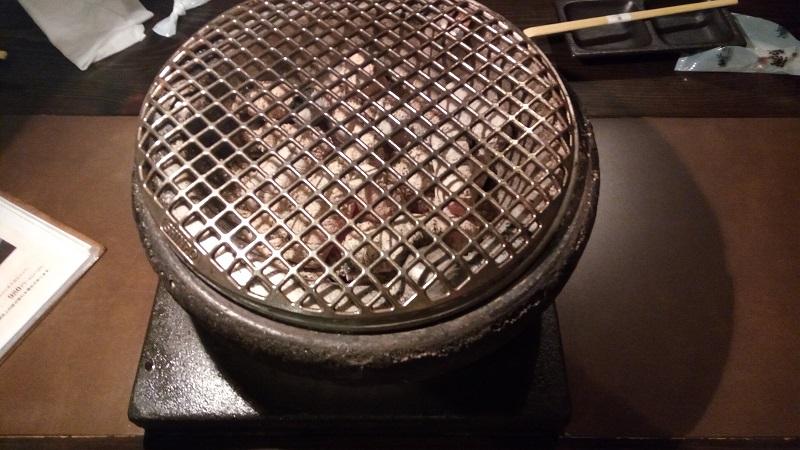 泉味亭、焼き肉台