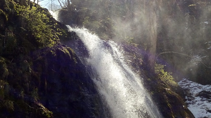 雲井の滝4(ちょっと虹が出てる)