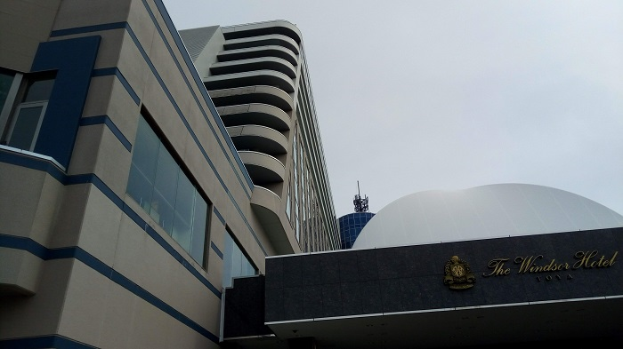 ホテルウィンザー、大きなホテルだね
