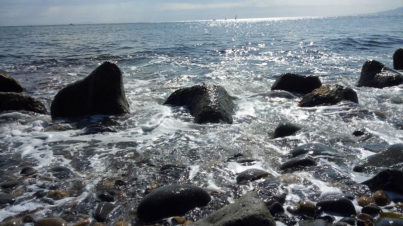 青塚食堂近くからの海