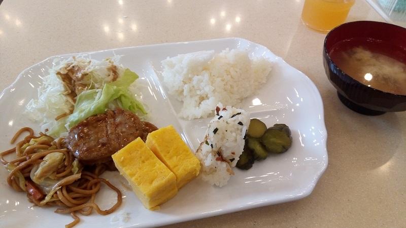 東横イン熊谷駅北口店、朝食バイキングで食べてみた
