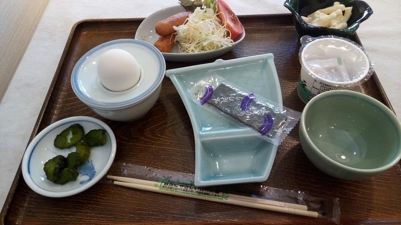 熊谷ロイヤルホテルすずき、これが朝ご飯でした