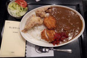 登利平(アズ熊谷店)の大盛カレー