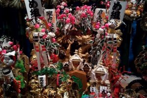 大鳥神社の「酉の市」の熊手コーナー4
