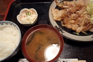川仁(万平公園の近く)の焼肉定食(豚肉)