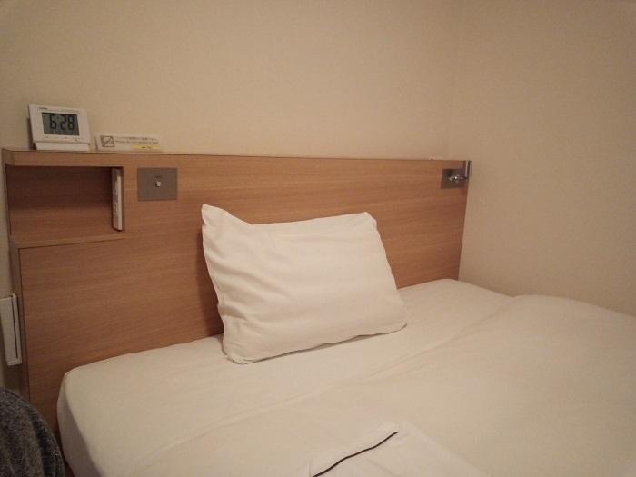 スマイルホテルのベッド